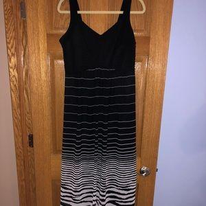 Sami & Jo Black-pattern maxi dress